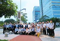 澳电与十政府部门代表一行赴穗,考察智慧街灯项目