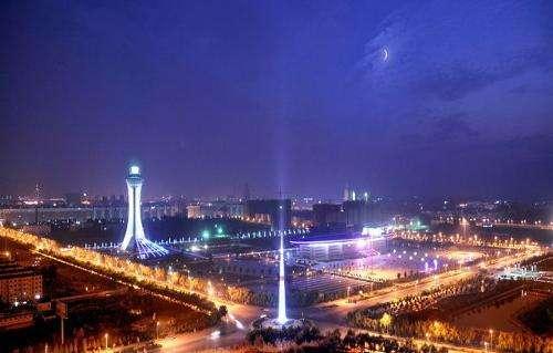 驻马店: 打造亮化精品工程 提升城市夜景魅力