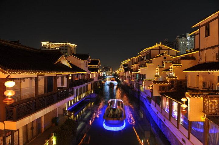京杭大运河夜景.jpg