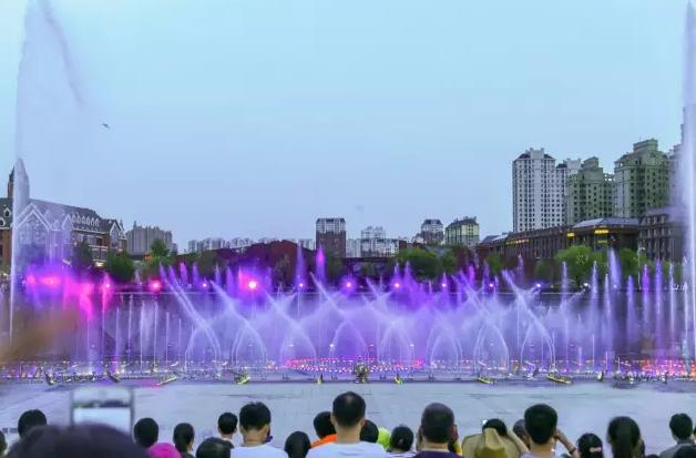 哈尔滨金河公园万科灯光秀2.png